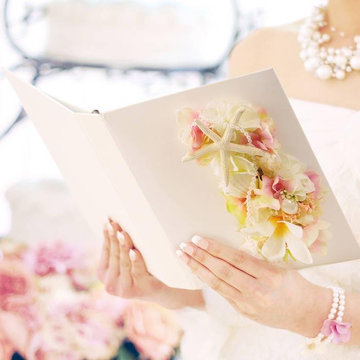 プルメリアのお花をアレンジした花嫁の手紙