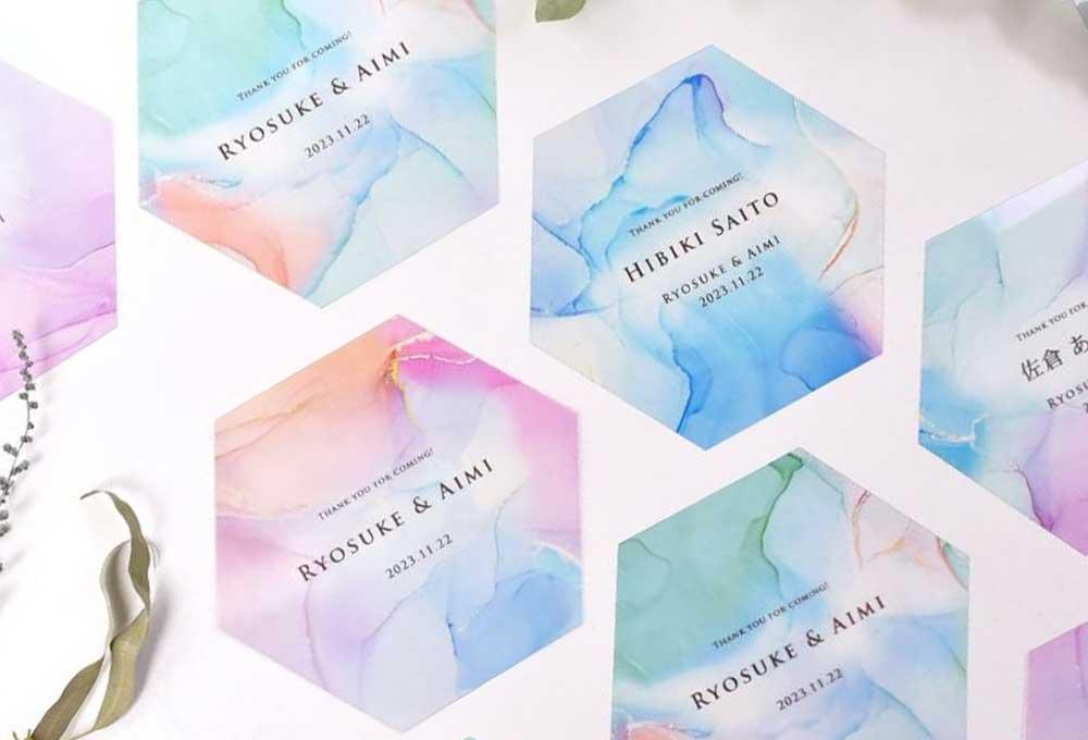結婚式で使えるクリア素材の「フェイスシールド」アルコールインクアート風のおしゃれなデザイン