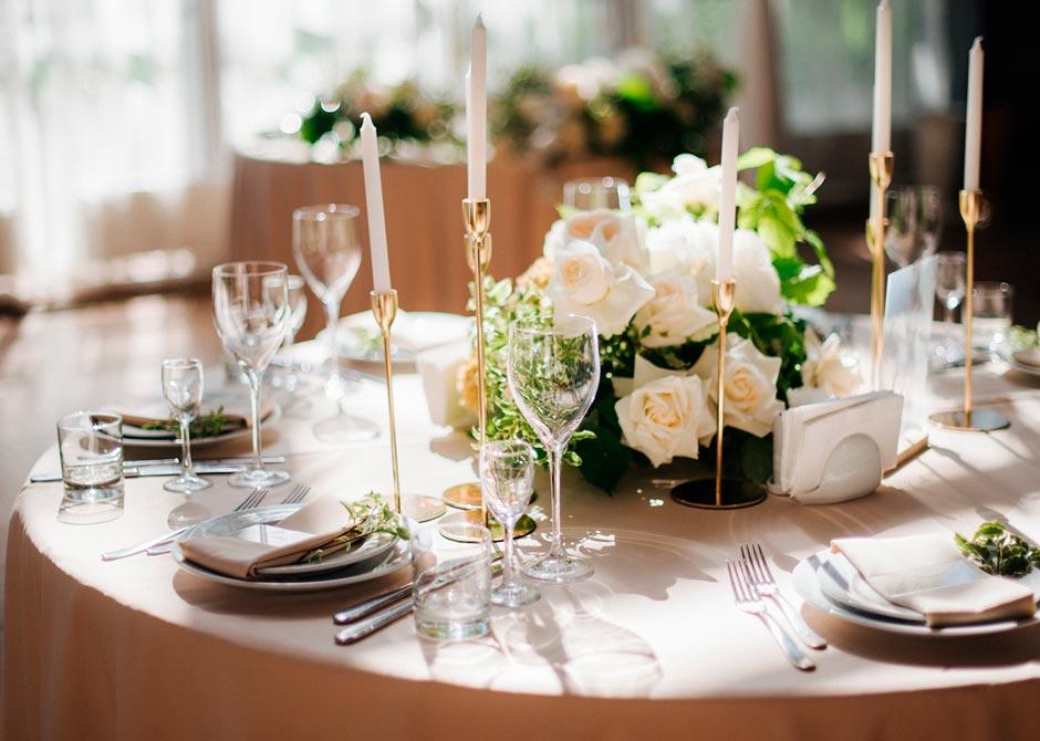 結婚式のおしゃれなゲストテーブル