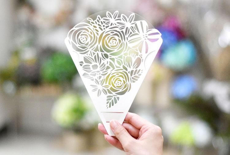 上品花束模様のシールド