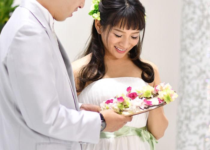 結婚証明書 木製レーザー刻印「リース」宣誓シーン