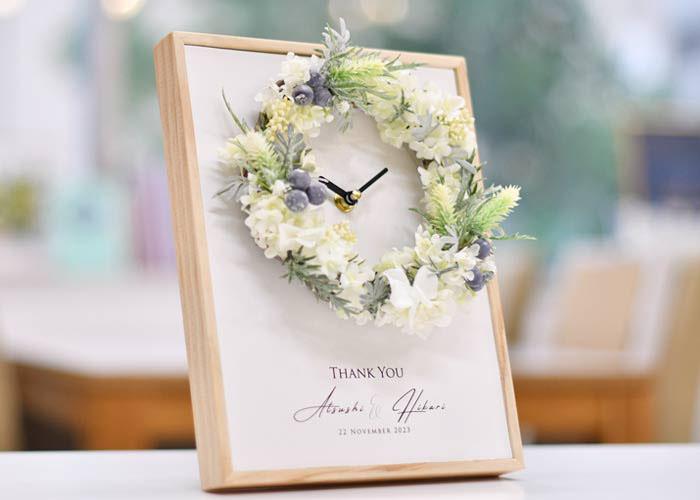 花時計クロックブランリース飾ったところ