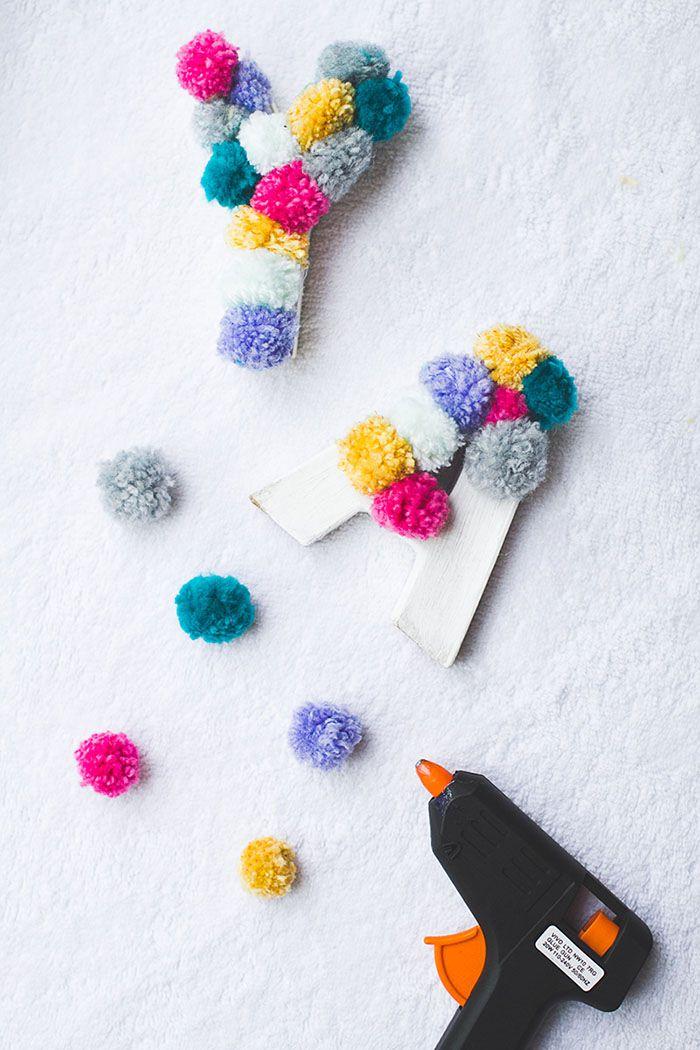 diy-pom-pom-yarn-letters-601