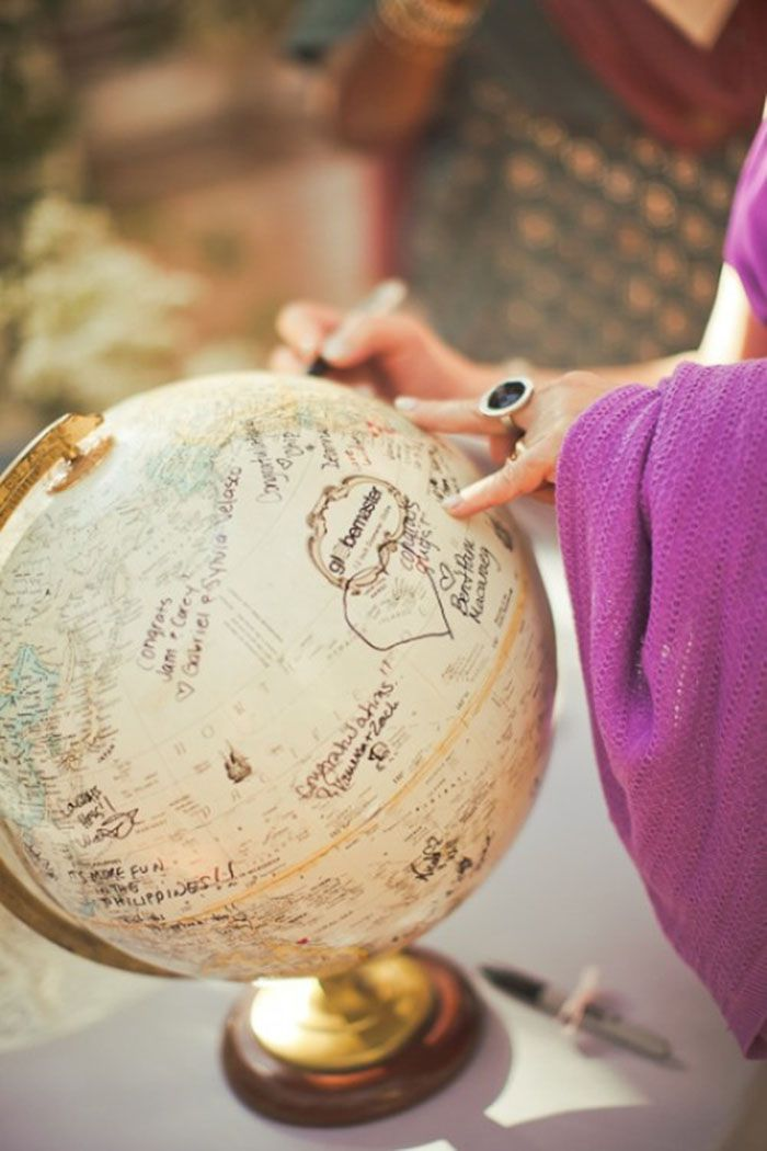 35-non-traditional-and-creative-wedding-guest-book-ideas-13-500x75001