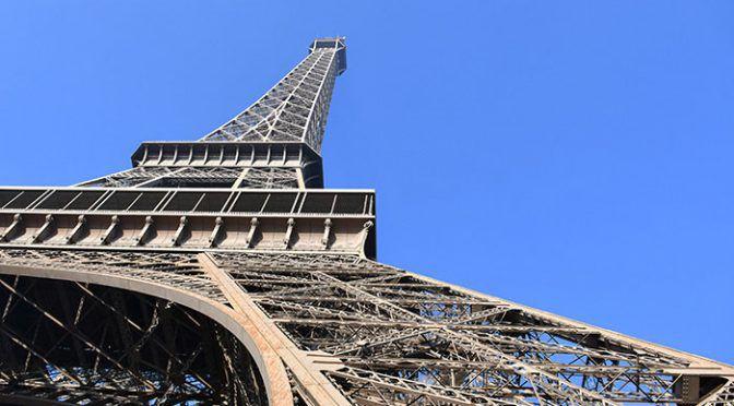 新婚旅行の前に予習!撮影別でみるエッフェル塔の魅力とは?