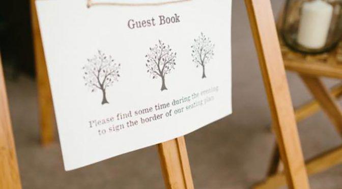 結婚式で使うゲストブックは【芳名帳専門ショップ】で買おう♡