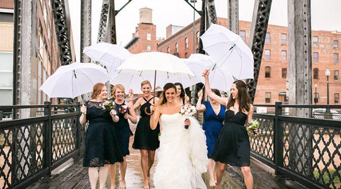 当日雨が降っても大丈夫!梅雨時期に役立つお呼ばれ結婚式の雨対策