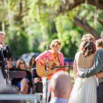結婚式で家族に歌をプレゼントしよう♡卒花おススメ結婚式の感動ソング紹介♡