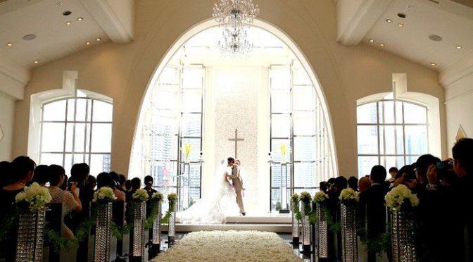 〈卒花さんの結婚式レポ〉こんなの見たことない!圧巻のアレンジ装花♡必見です!!