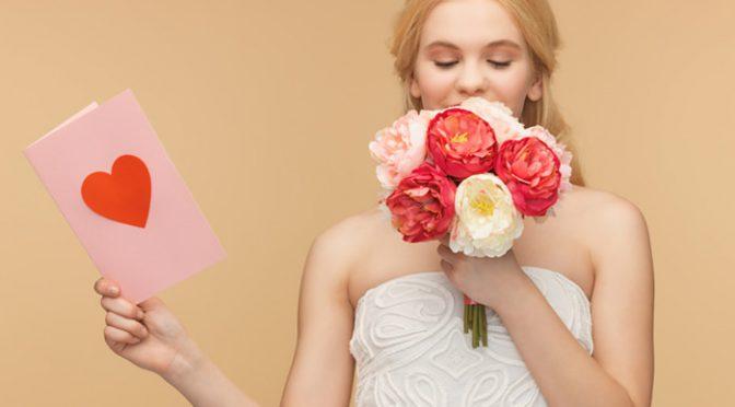 デザイン重視?コスパ重視?まずはリサーチ!結婚式招待状を準備する3つの方法