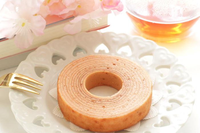 引菓子の王道バウムクーヘンはその年輪にルーツがあります