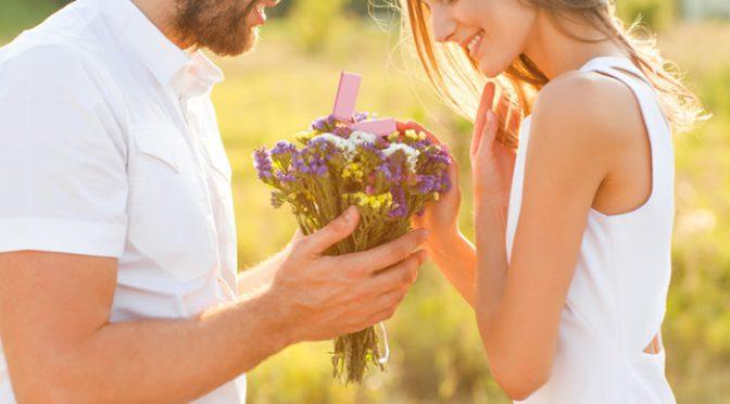 結婚式アイテムで使いたくなる〈 幸せの象徴モチーフ 〉8選