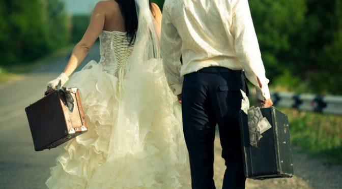 結婚はお金がかかる⁈式場の見積り以外の〈 結婚費用 〉リスト
