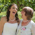 結婚式で贈る親ギフト!式に間に合わない場合の2大対策