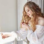 結婚式のクライマックスを彩る花嫁の手紙朗読にぴったりな便箋とは
