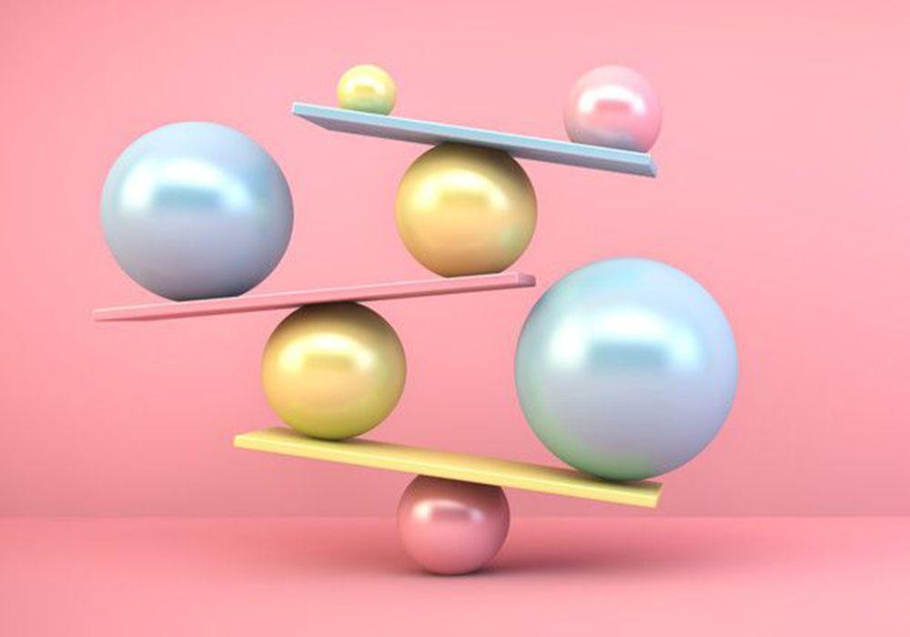 複数のボールが並び絶妙にバランスをとっている様子